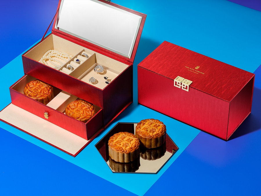The Ritz-Carlton Millennia Singapore Mooncake Jewellery Box