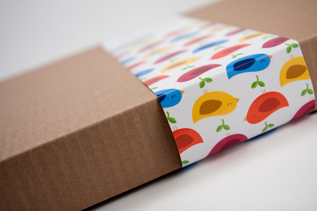 Say No to Plastic with 9 Sustainable Packaging Materials